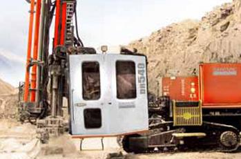 système hydraulique véhicule travaux publics
