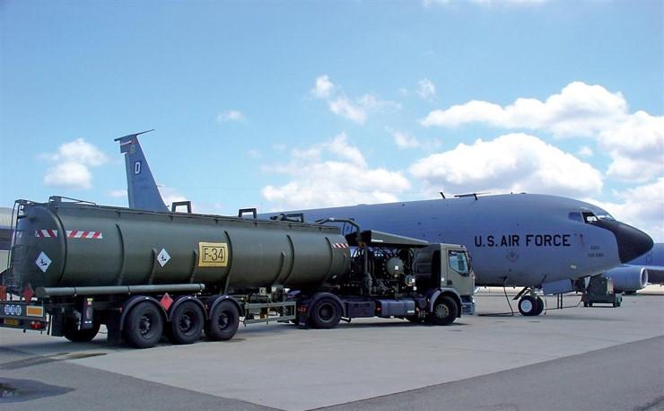 Fabrication de système hydraulique pour véhicule militaire